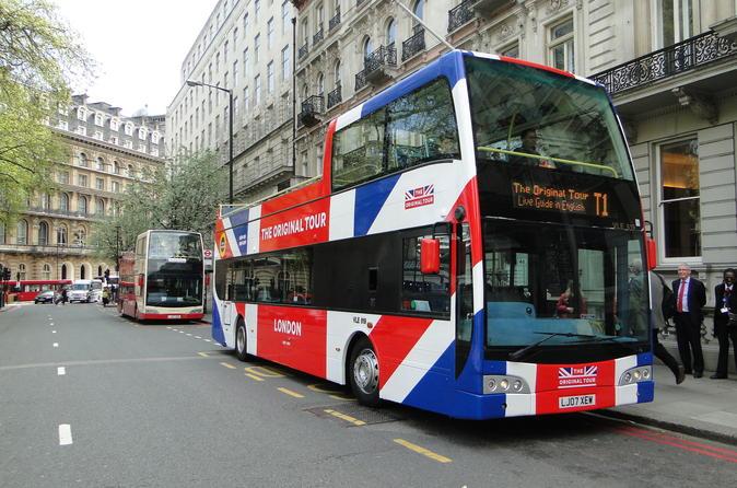 London Combo: Hop-On Hop-Off Bus Tour and Shrek's Adventure Admission Ticket
