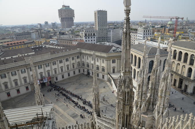 Milan Duomo Rooftop Tour Including Free Virtual Reality Jump Into The Past