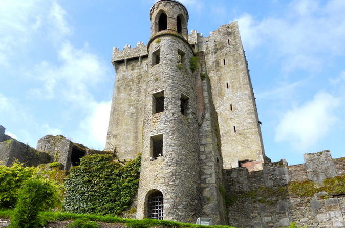 2-Day Cork and Blarney Castle Tour from Dublin by Rail
