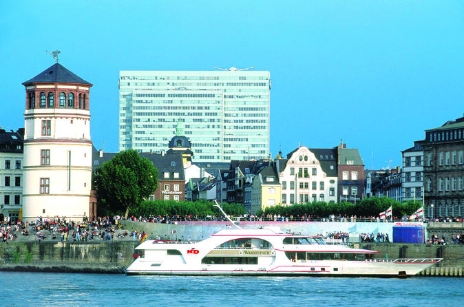Tour Hop-On Hop-Off di Düsseldorf in autobus e crociera sul Reno