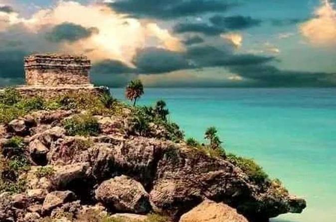 Ruínas de Tulum e Playa del Carmen ao pôr do sol