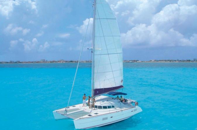 Viagem de barco de meio dia a Isla Mujeres partindo de Cancun