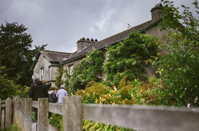 Visita della zona di residenza di Beatrix Potter da Windermere, con giro in barca sul lago