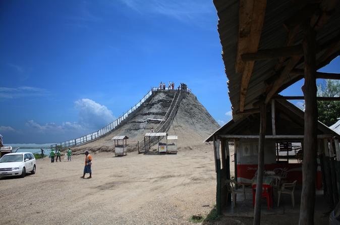 Excursão de meio dia no vulcão de lama El Totumo saindo de Cartagena
