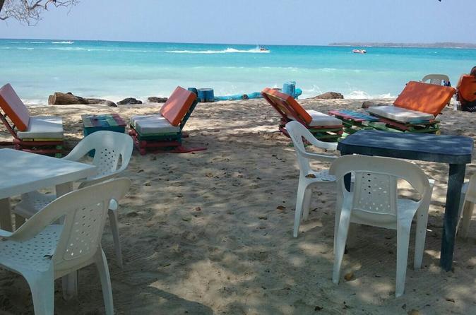 Transporte de Baru e Playa Blanca e almoço em Cartagena