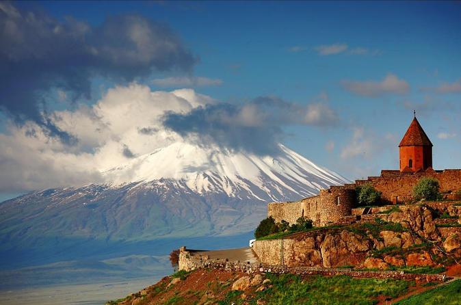 Private 8-hour Khor Virap, Garni and Geghard trip from Yerevan