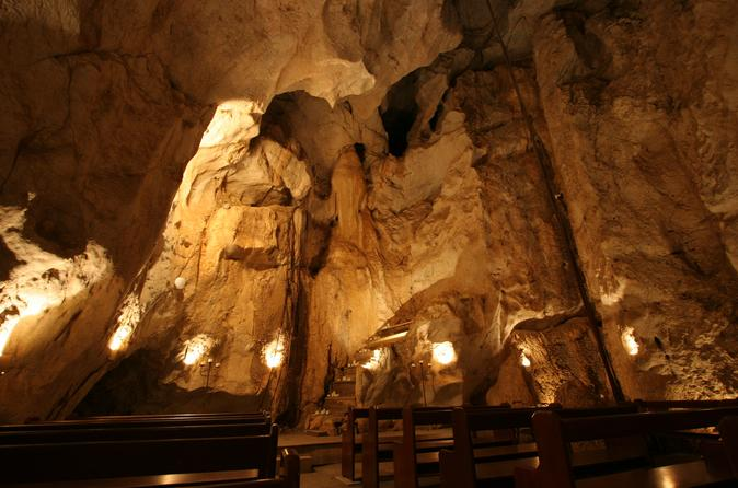 Yeppoon Cathedral Cave Tour Australia, Pacific Ocean and Australia