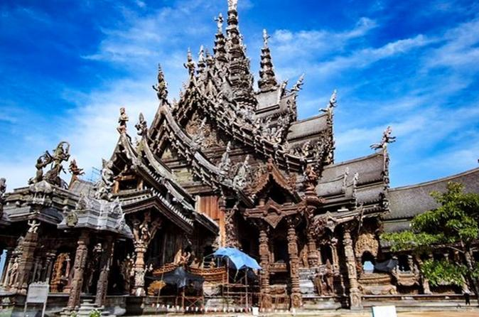 Chon Buri Private Day Tour: Exploring of Beautiful Pattaya