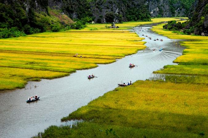 Full-Day Hoa Lu and Tam Coc Tour from Hanoi, Including Lunch