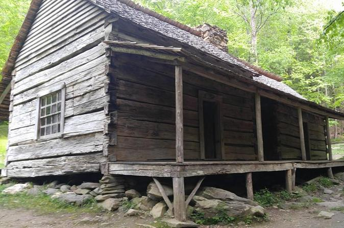 Guided history tour in the smoky mountains in gatlinburg 330163