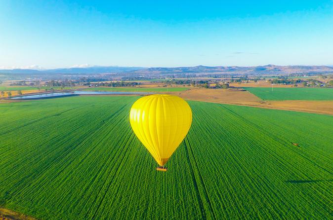 Passeio de balão de ar quente, incluindo café da manhã com champanhe, com saída da Costa Dourada