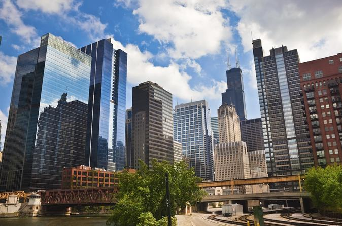 Chicago Land and River Architecture Tour: North and South Shores