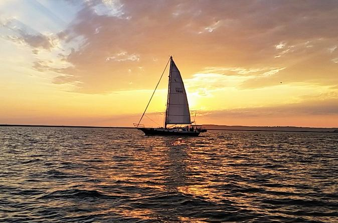 Romantic Sunset Sail for 2 People