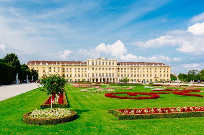 Evite as Filas: excursão guiada pelo Palácio de Schönbrunn e City tour histórico por Viena