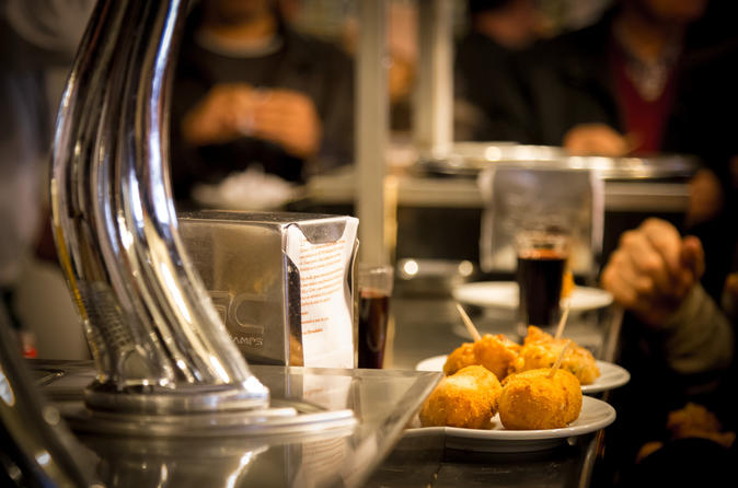 Madrid historical walking tour with food tasting and dinner in madrid 346518