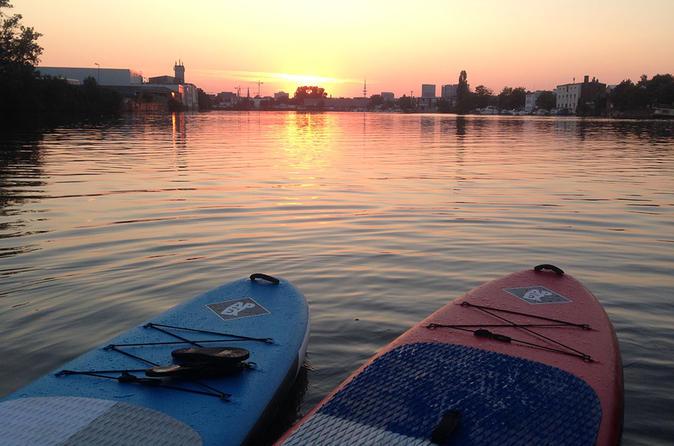 Privates Hamburg Stand-up-Paddle-Boarding für zwei Personen
