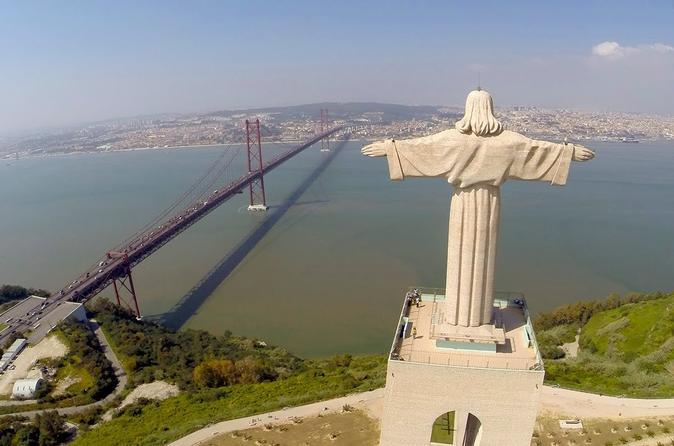 City tour de dia inteiro de Lisboa para grupos pequenos