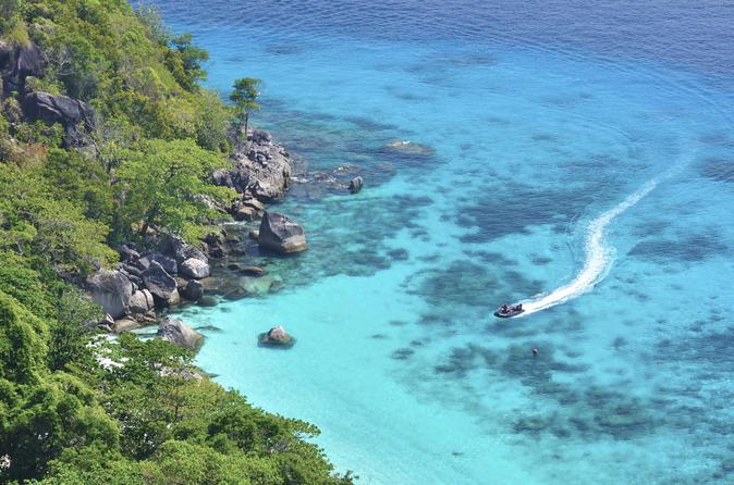 Viagem diurna de lancha à Baía de Phang Nga saindo de Phuket