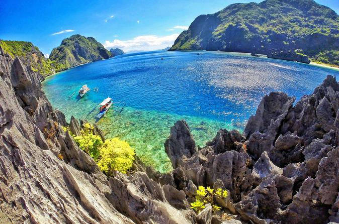 El Nido Island Hopping: Hidden Beaches and Shrine Tour Including Buffet Lunch""