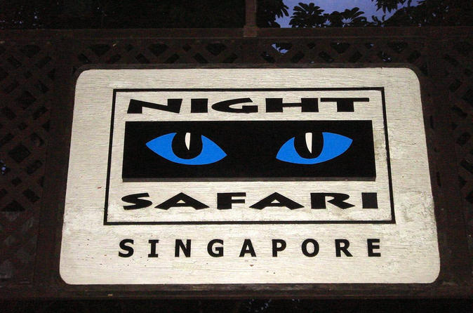 Skip-the-Line: Priority Tram Boarding at Night Safari with Buffet Dinner