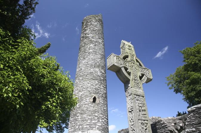 Excursão de um dia à Newgrange e Colina Tara Viagem de um dia saindo de Dublin