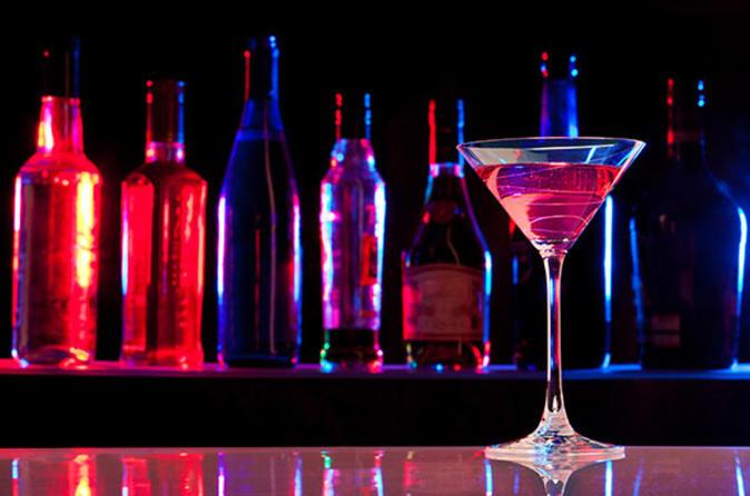 4-Hour Toronto Cocktail and Secret Bar Tour