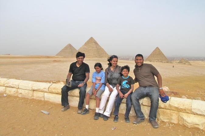 Giza pyramids and sphinx private tour