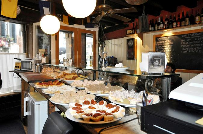 Cicchetti and Wine Tour of Venice's Jewish Ghetto