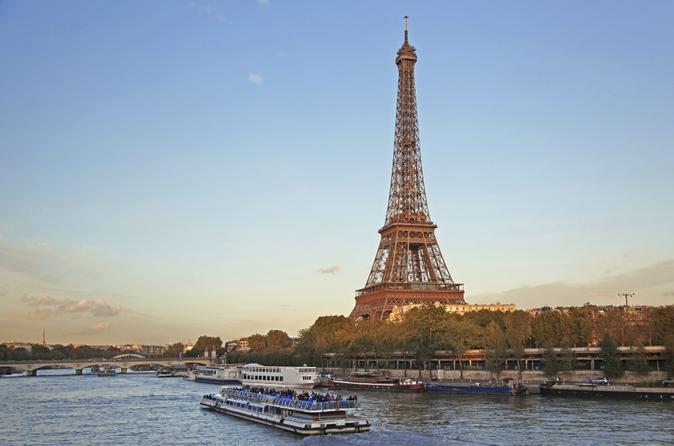 Evite as Filas: Torre Eiffel e cruzeiro pelo Rio Sena
