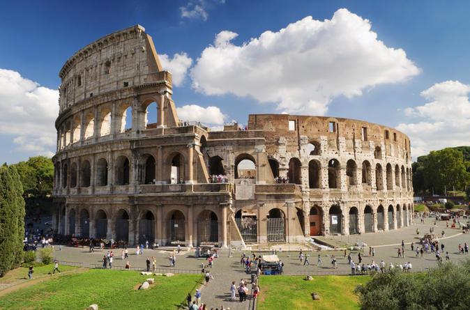 Excursão particular sem filas: Excursão à pé sobre a História da Arte da Roma Antiga e do Coliseu