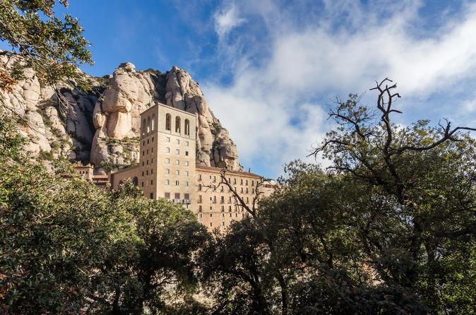 Montserrat Guided Tour With Private Transportation - Barcelona