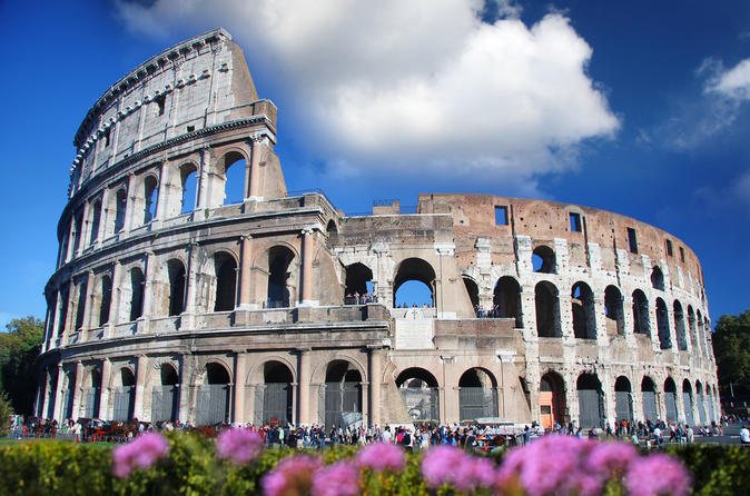 Não entre na fila: Excursão a pé de meio dia à Roma Antiga e ao Coliseu