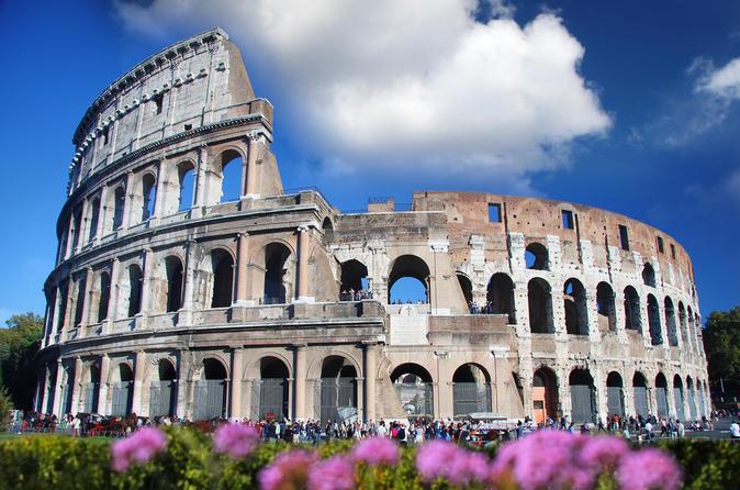 Saltafila: tour a piedi di mezza giornata di Roma antica e del Colosseo