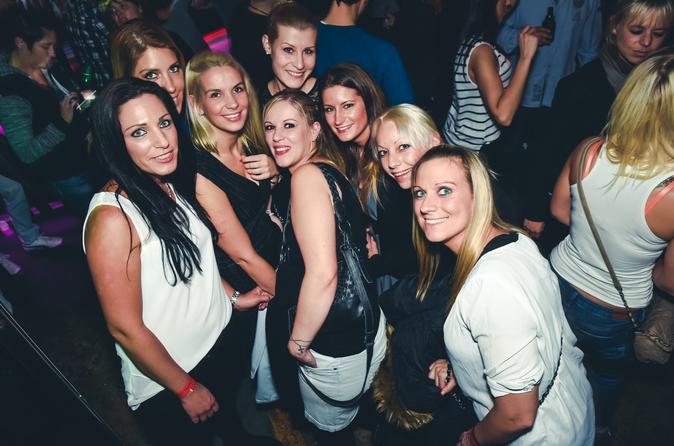 Private guided Club & Pub tour - Pub Crawl