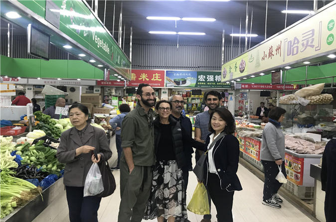 Private Tour: Wet Market Visit with Cooking Class