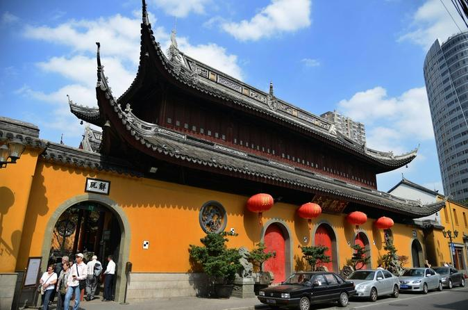 Shanghai Afternoon Tour with Jade Buddha Temple and Old French Concession