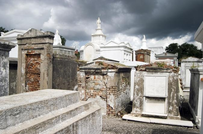New orleans cemetery and voodoo walking tour in new orleans 125456