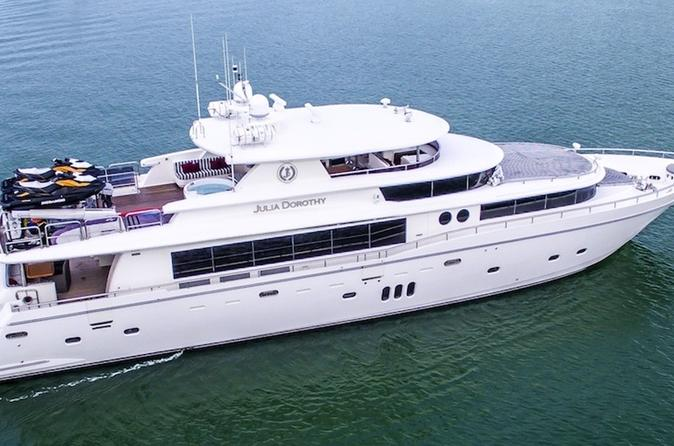 103' Johnson Motor Yacht with Jacuzzi and 2 Jet Skies in Miami