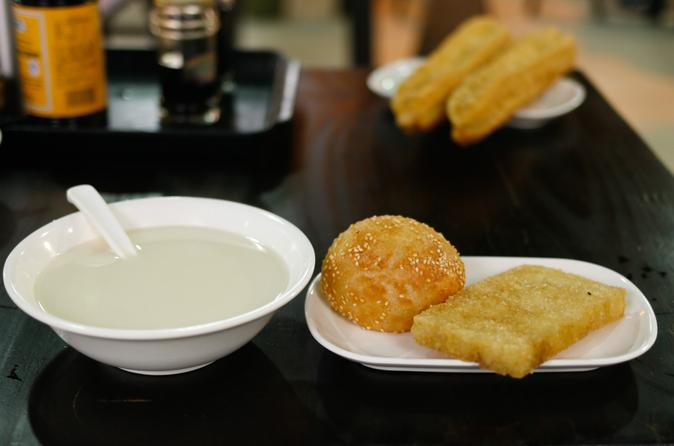 Shanghai Breakfast Walking Tour of Former French Concession