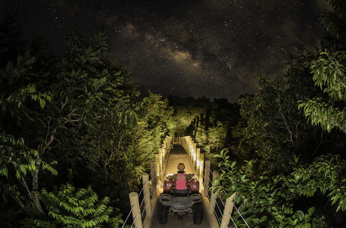 EMOTIONS JUNGLE NIGHT - Playa Del Carmen