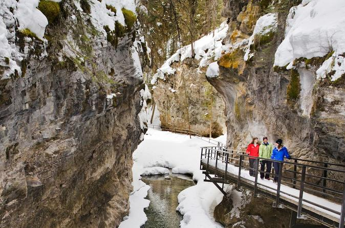 Johnston canyon icewalk in banff 542697