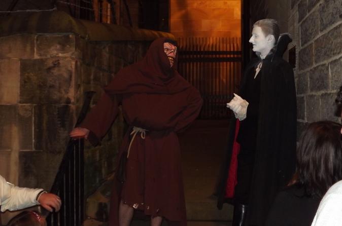 Excursão a pé pelos assassinatos e mistérios de Edimburgo