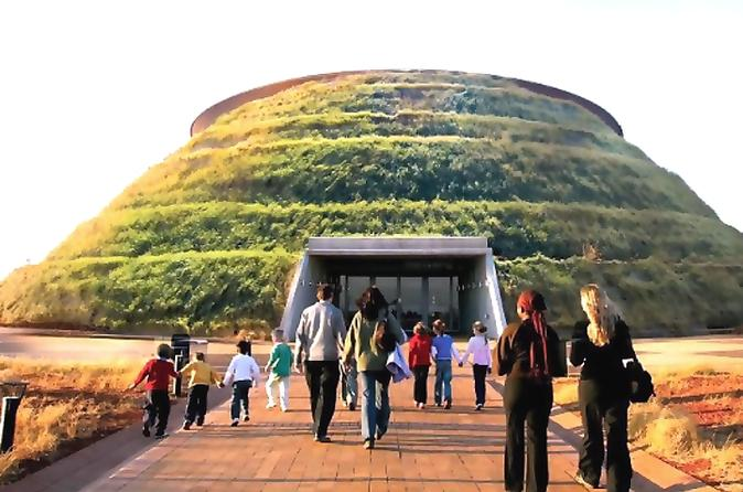 Cradle of Human Kind Tour and Lesedi Cultural Village Day Tour from Pretoria