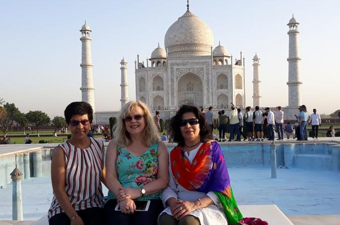 02 DAY TAJ MAHAL SUNRISE TOUR BY FLIGHT FROM BANGALORE