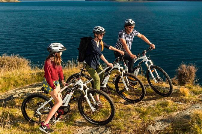 Self-Guided Queenstown to Arrowtown Electric Mountain Biking Adventure