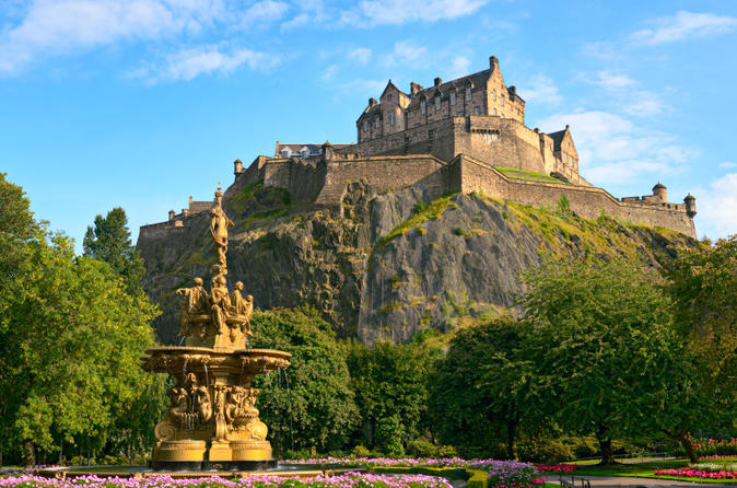 5-Day Best of Britain Tour: Edinburgh, Stonehenge, York, Bath, and Cardiff from London