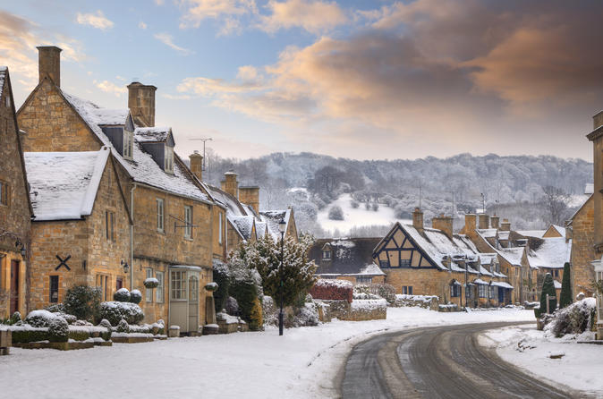 Festive Lunch in Shakespeare England with Oxford and the Cotswolds