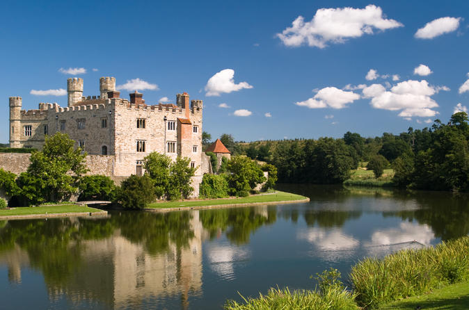 Leeds Castle, Canterbury Cathedral & Dover With London Hop-on-Hop-off Tour