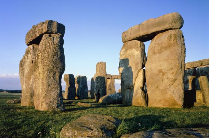 Stonehenge Express Half Day Tour With London Hop-on-Hop-off Tour