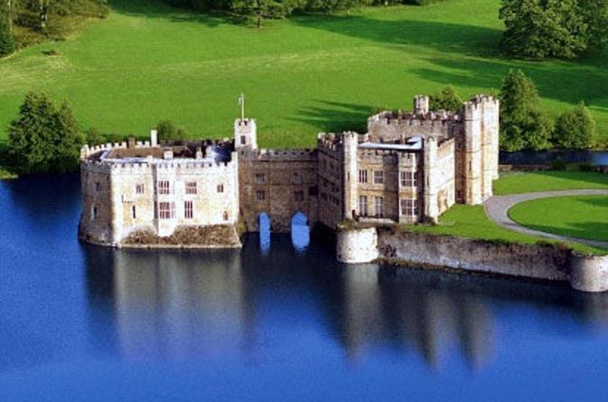 Viagem diurna para o Castelo de Leeds, Penhascos de Dover e Canterbury partindo de Londres com excursão guiada pela Catedral
